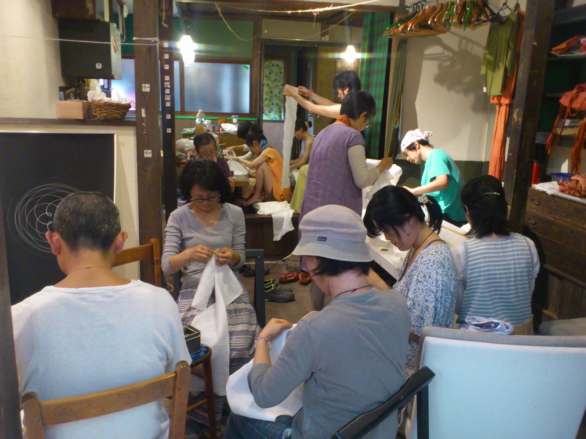 @冨貴工房。茜染め麻褌作りワークショップ。